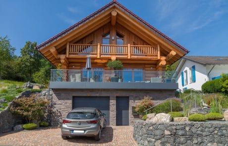 Blockhaus & Naturstammhaus